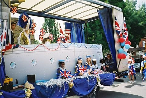 Another fantastic float with great costumes, Brentford Festival 2001