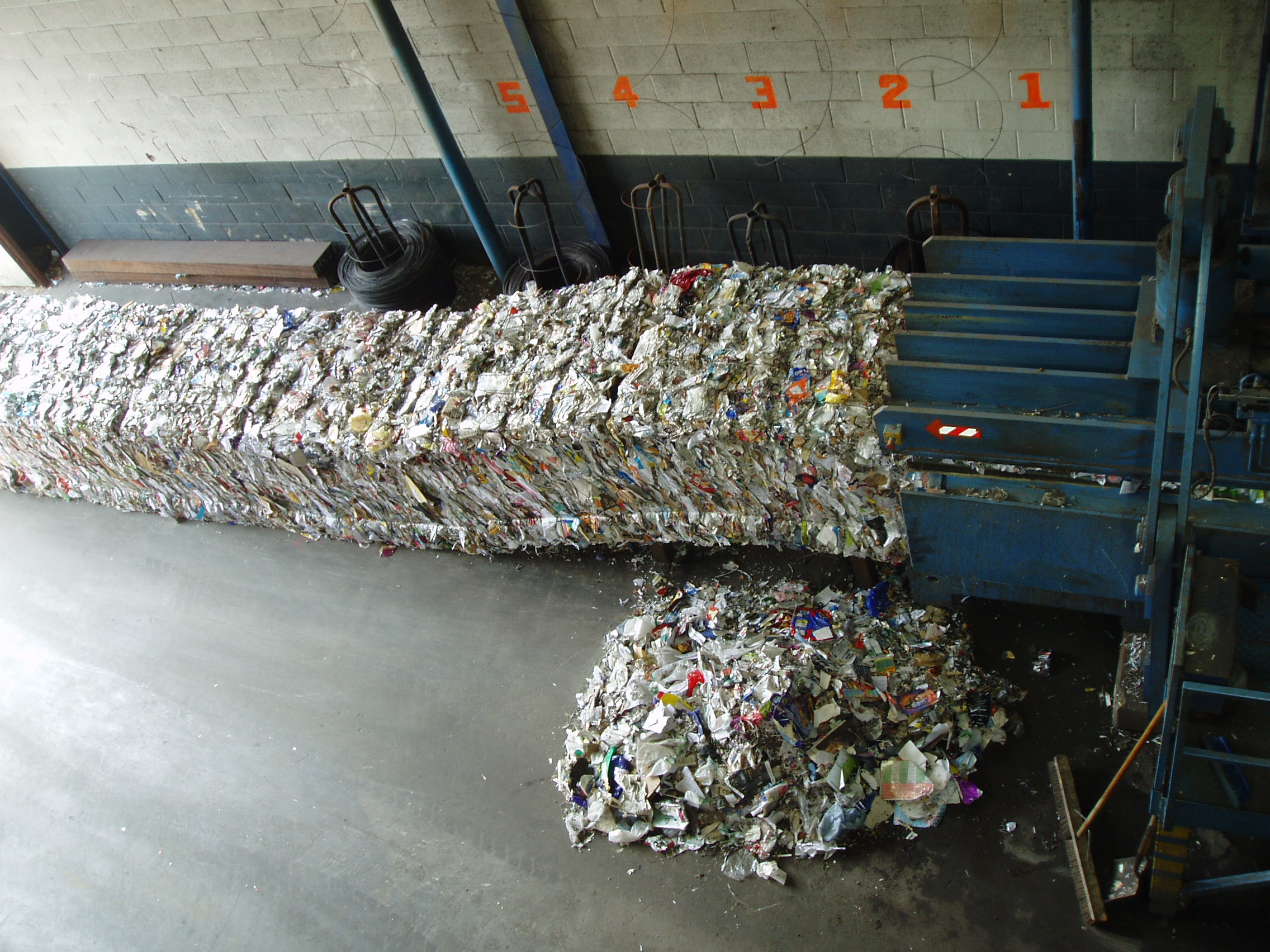 the history of paper recycling Learn about the origins of recycle ann arbor and about the work they continue to   the reuse center expands into the attached paper baling warehouse,.
